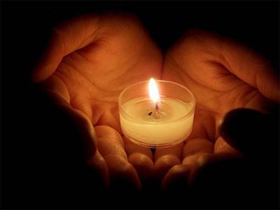 memorial-candle-400x300